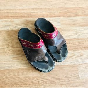 Dr . marten embroidered sandals